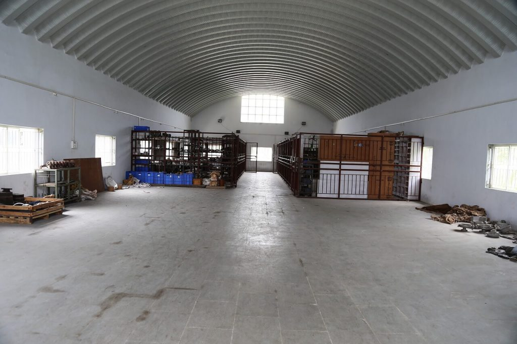 warehouse clean out services
